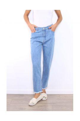 Daphnea Mom Style Jeans