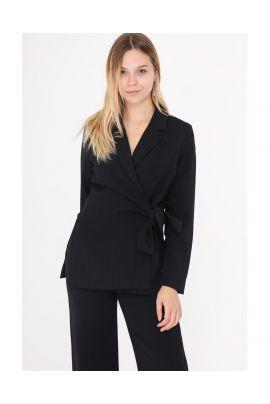 Daphnea black blazer